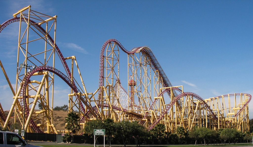 X Six Flags Magic Mountain