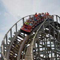Lightning Racer Hersheypark wooden racing roller coaster