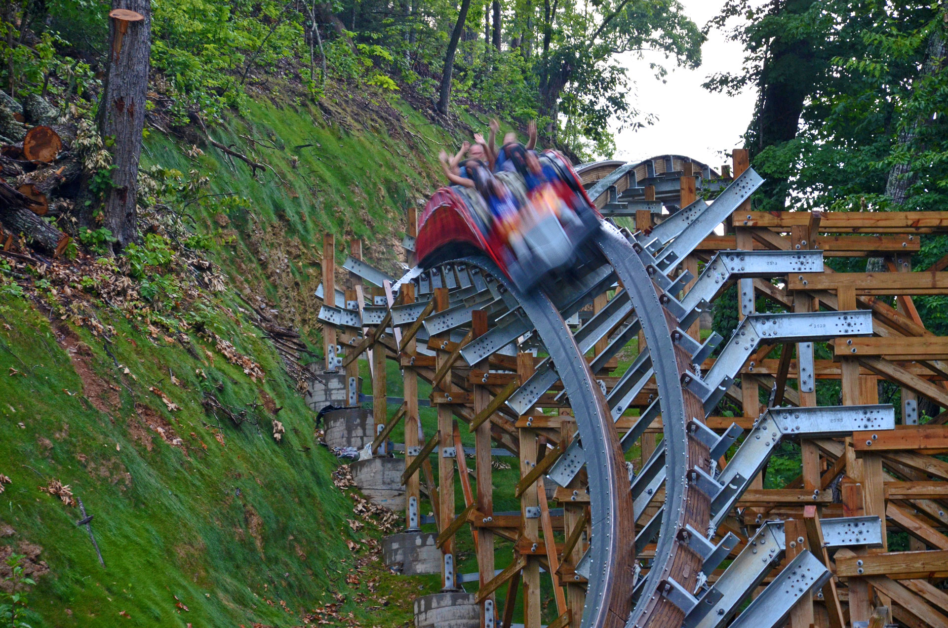 LSM LAUNCHED COASTER VIDEOS & FACTS - COASTERFORCE