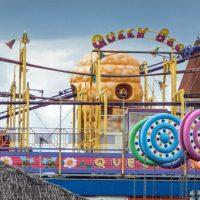 Queen Bee Bottons Pleasure Beach