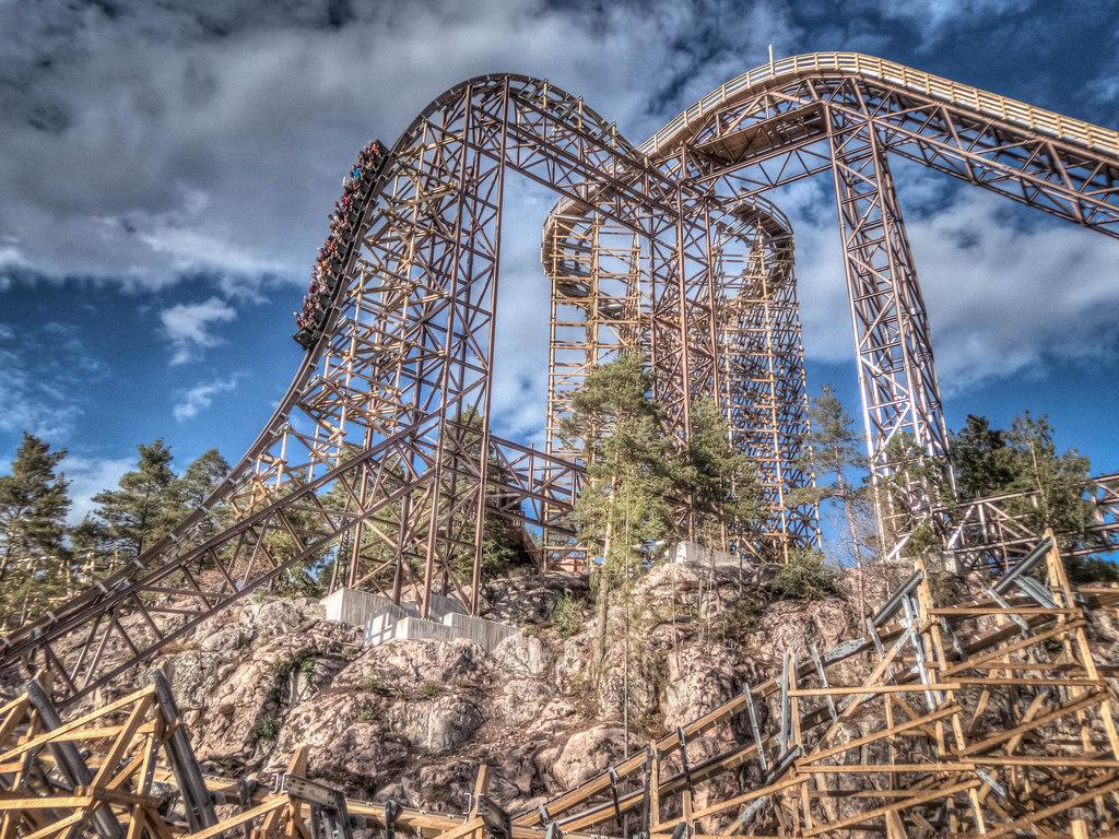 11 incredible roller coaster photos - coasterforce