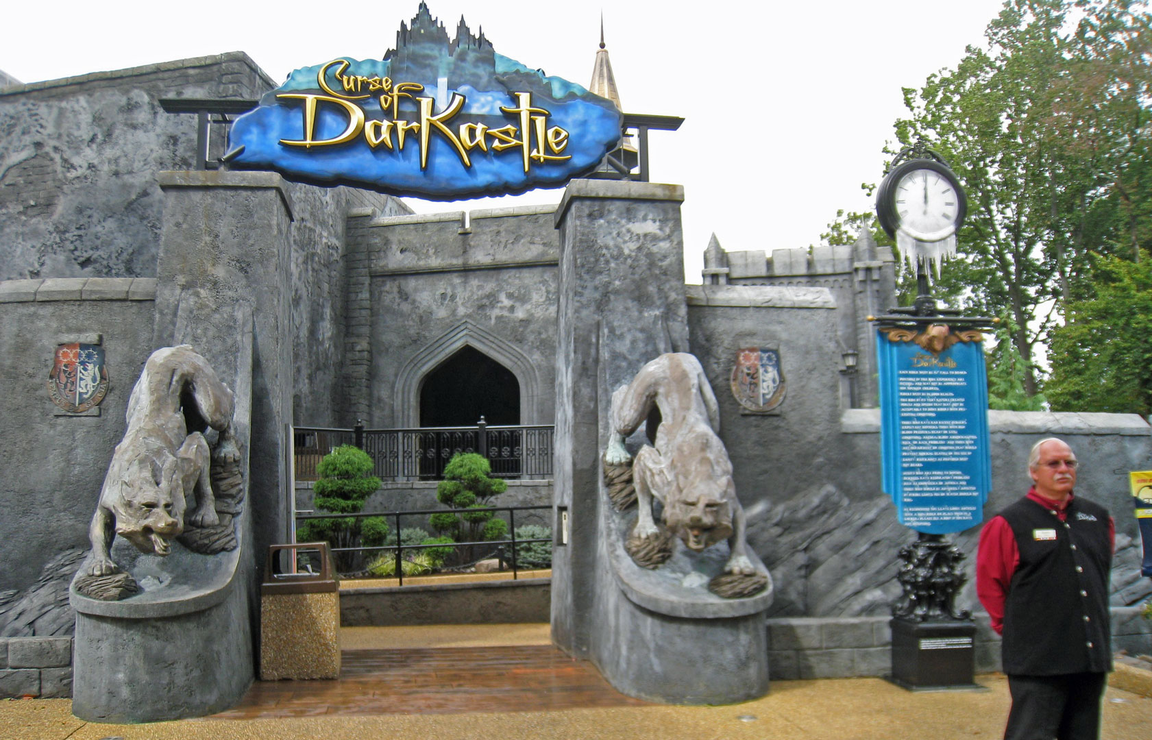 Busch gardens closes curse of darkastle coasterforce - Busch gardens williamsburg halloween ...