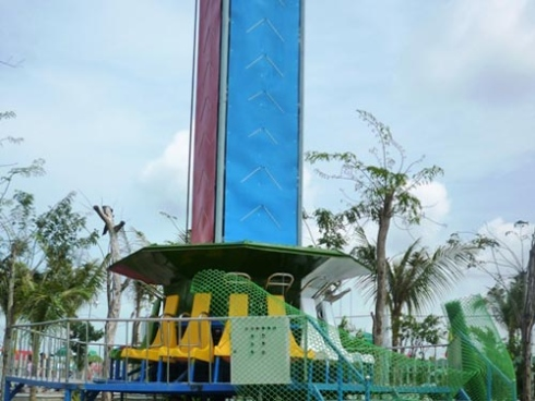 Van Huong Mai Amusement Park Chau Phu Accident