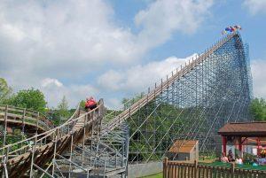Voyage Holiday World lift hill